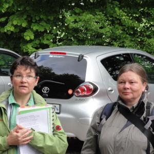 Verena Keller und Monika Grauwiler leiteten die Exkursion